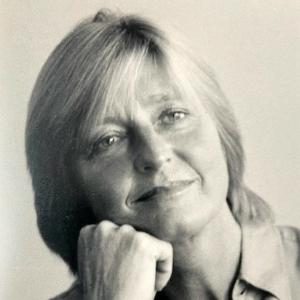 Kingsford Röhl, Angela
